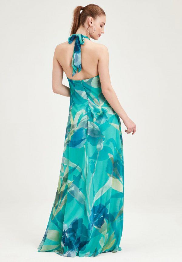 El color turquesa para bodas de verano resalta tu bronceado